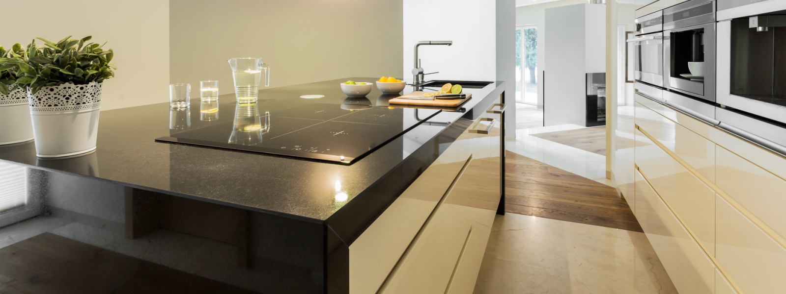 Caesarstone___Countertops__Pond5___Small.jpg
